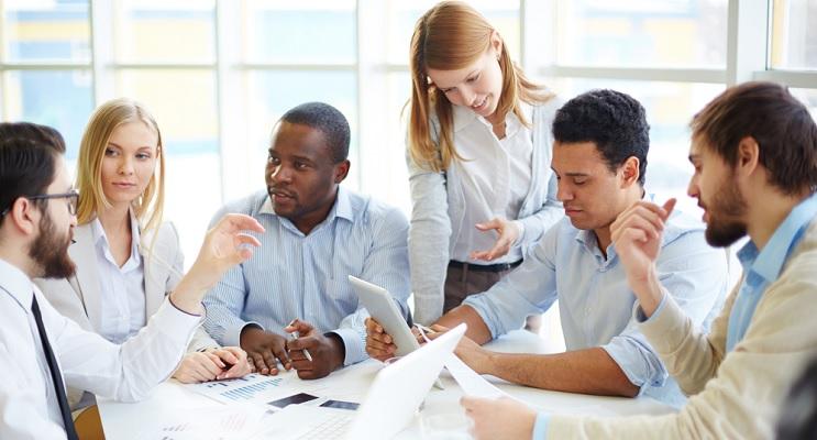 Welche Methoden sind für erfolgreiche Mitarbeiterentwicklung unverzichtbar – und was gibt es dabei zu beachten? Wir verraten's Ihnen.